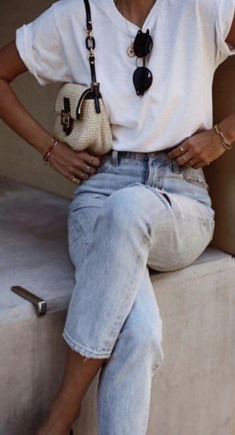 Photo of Conseils pour porter le t-shirts loose blanc avec style