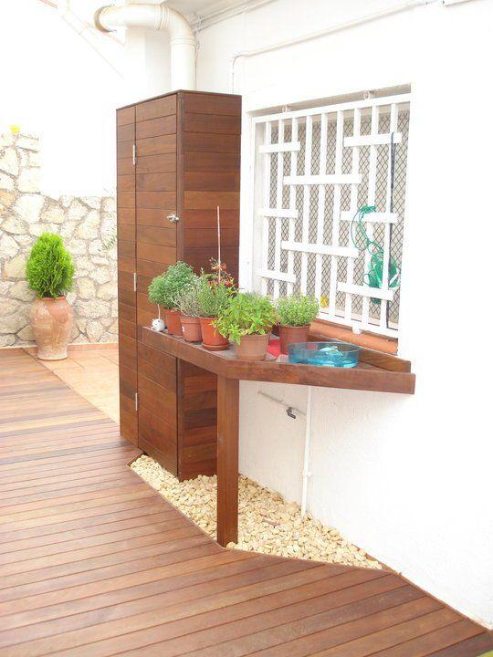 Un armario para terraza muy elegante de la firma decking for Armario para balcon exterior