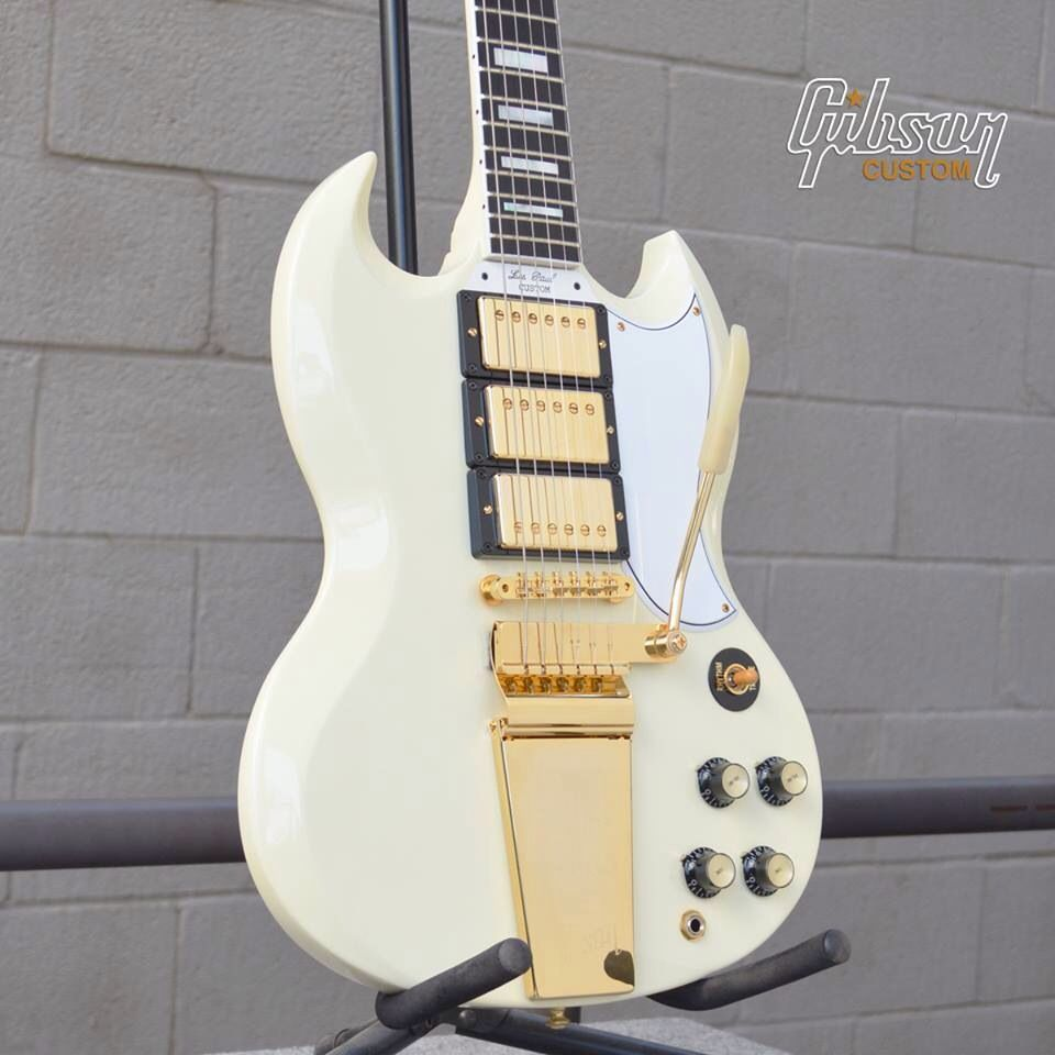 #Gibson SG Custom Reissue with Maestro in Classic White.