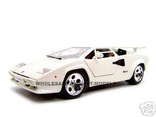 Lamborghini Countach 5000 Diecast Model White 1 18 Die Cast Car By Bburago Lamborghini Countach Diecast Models Diecast
