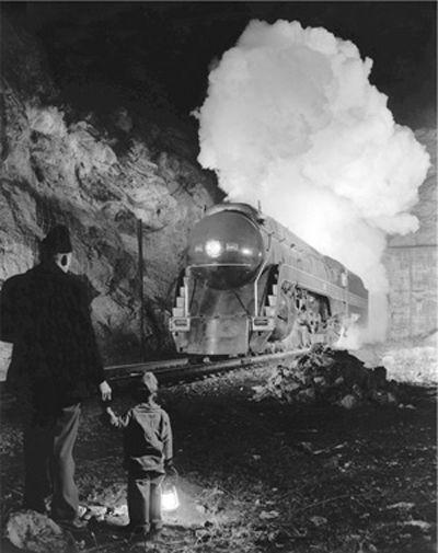 O  Winston Link / Father, son and steam train, ca  1950  | O