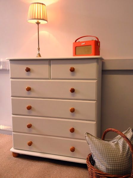 Best Chest Of Drawers Painted In Farrow B*Lls Pointing 400 x 300