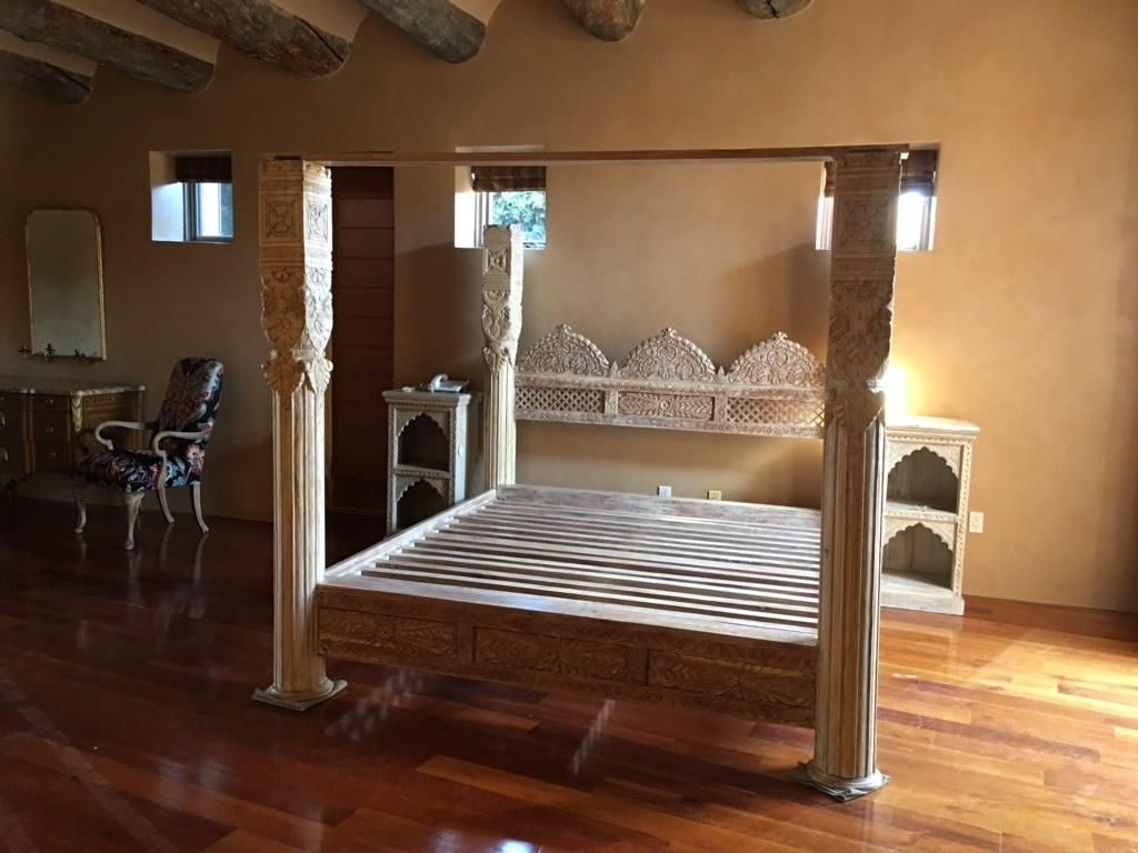 Hand Carved Triple Arch Jhula Pillar Canopy Bed Hand Carved From