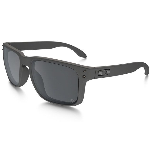 Oakley Military & Government Sales