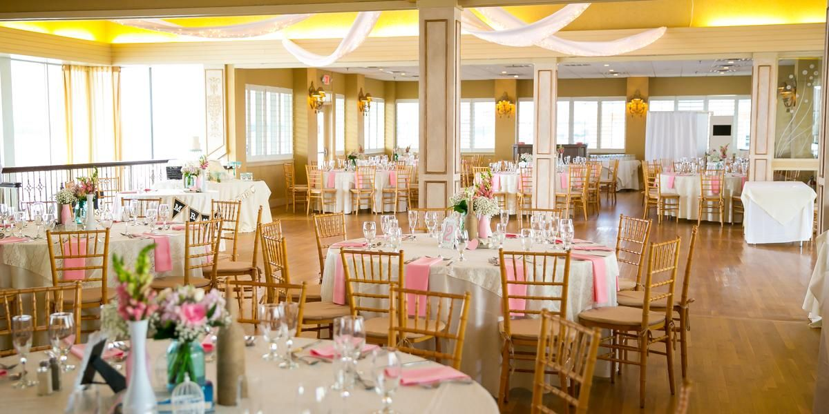 Lesner Inn Catering Club Weddings Price Out And Compare Wedding Costs For Wedding Ceremony And Reception Venues In Virgi Venues Wedding Prices Wedding Costs