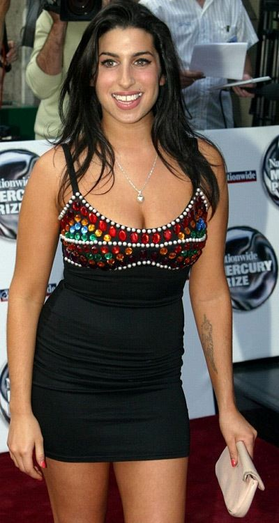 Amy winehouse before drugs google search a womans view jpg 400x751 Amys body cb7c2d166