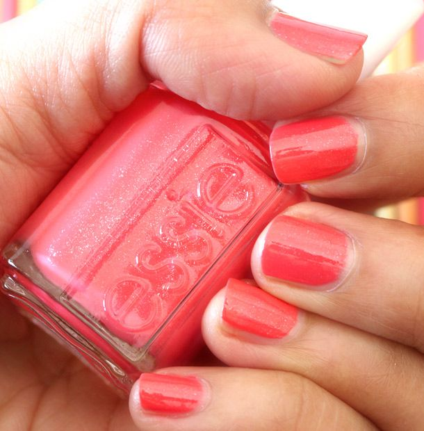 Essie Sunday Funday My New Summer Bright Goes Well With My Redhead Skin Tone Even Makes Me