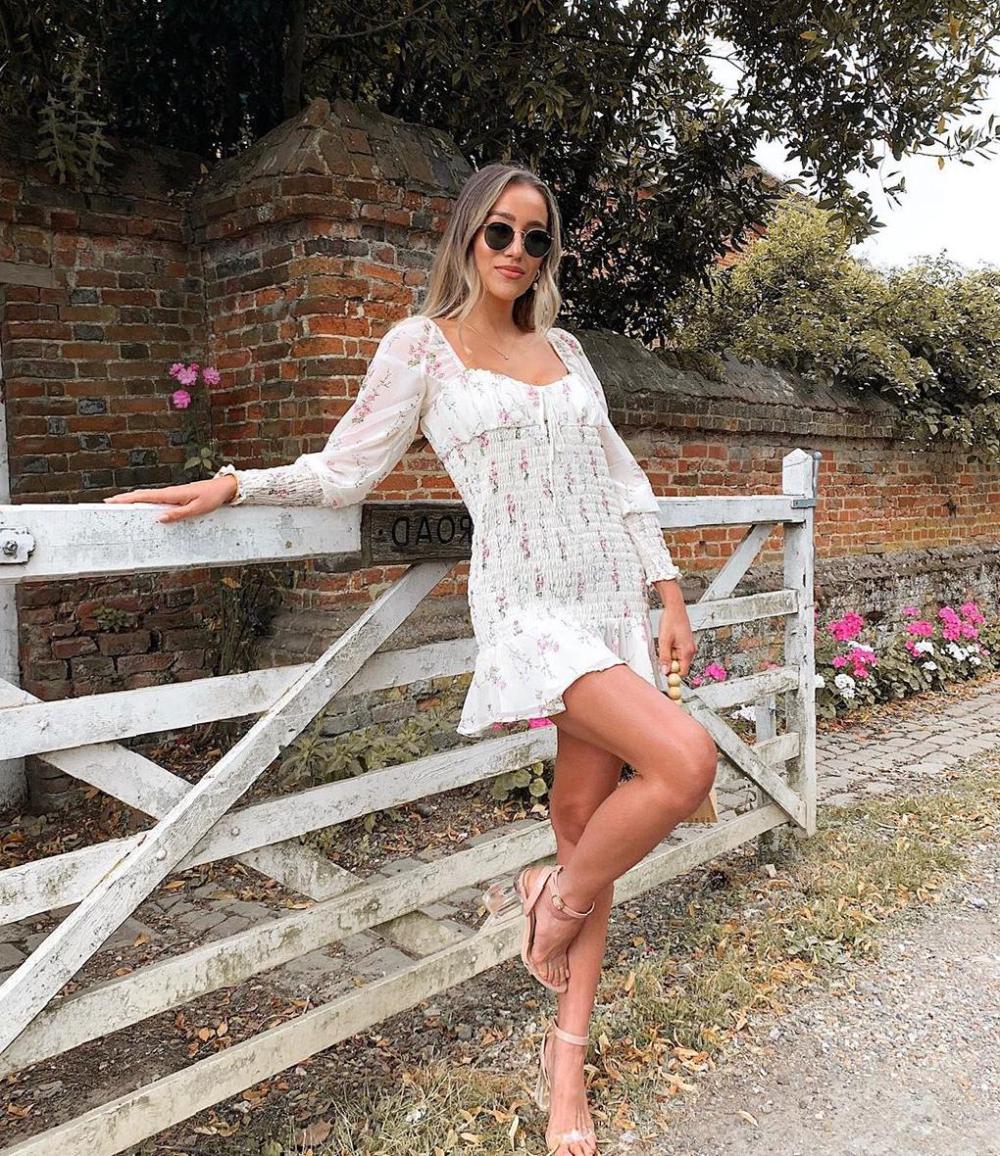 Gorgeous Dress Ideas Images For Summer Sooshell Gorgeous Dresses Summer Fashion Dresses Dresses [ 1156 x 1000 Pixel ]