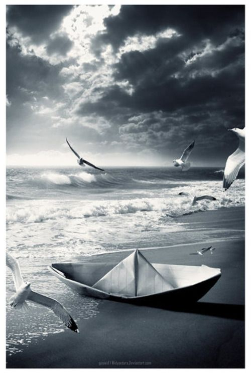 Dreamy photography #sea #paperboat #blackandwhite