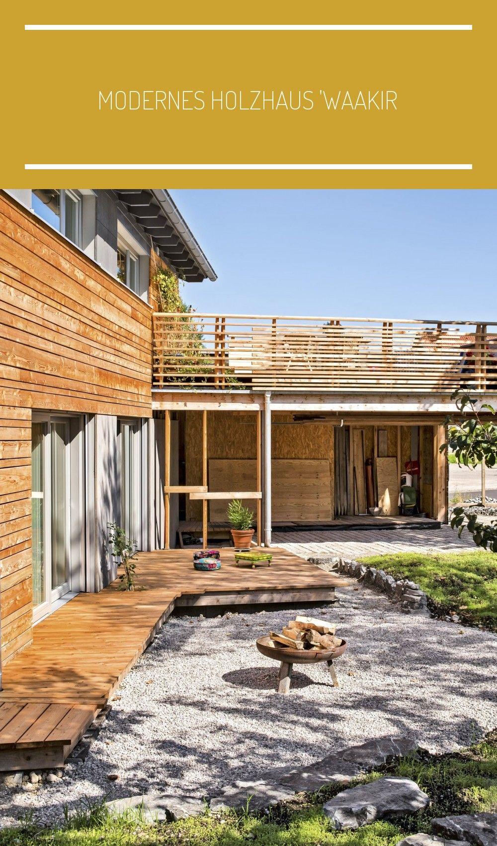 Photo of Modernes Holzhaus 'Waakirchen' mit Dachterrasse von Regnauer Haus