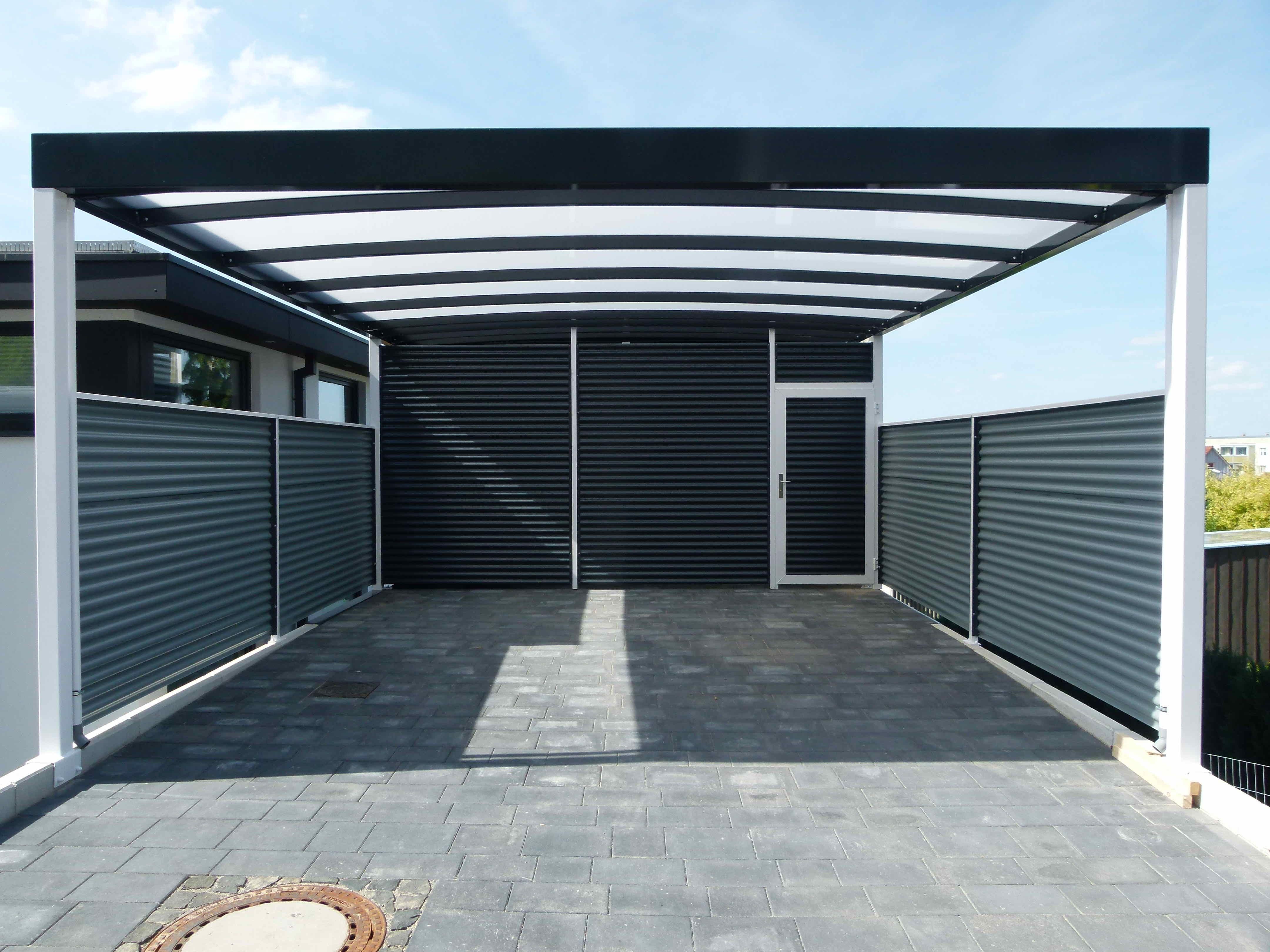 Premium Carport Aus Stahl Mit Abstellraum Und Lichtdurchlassiger Dacheindeckung Abstellraum Und Seitenwande Aus Stahlwelle In Anthrazit Du Suchst Auch Nach Ei