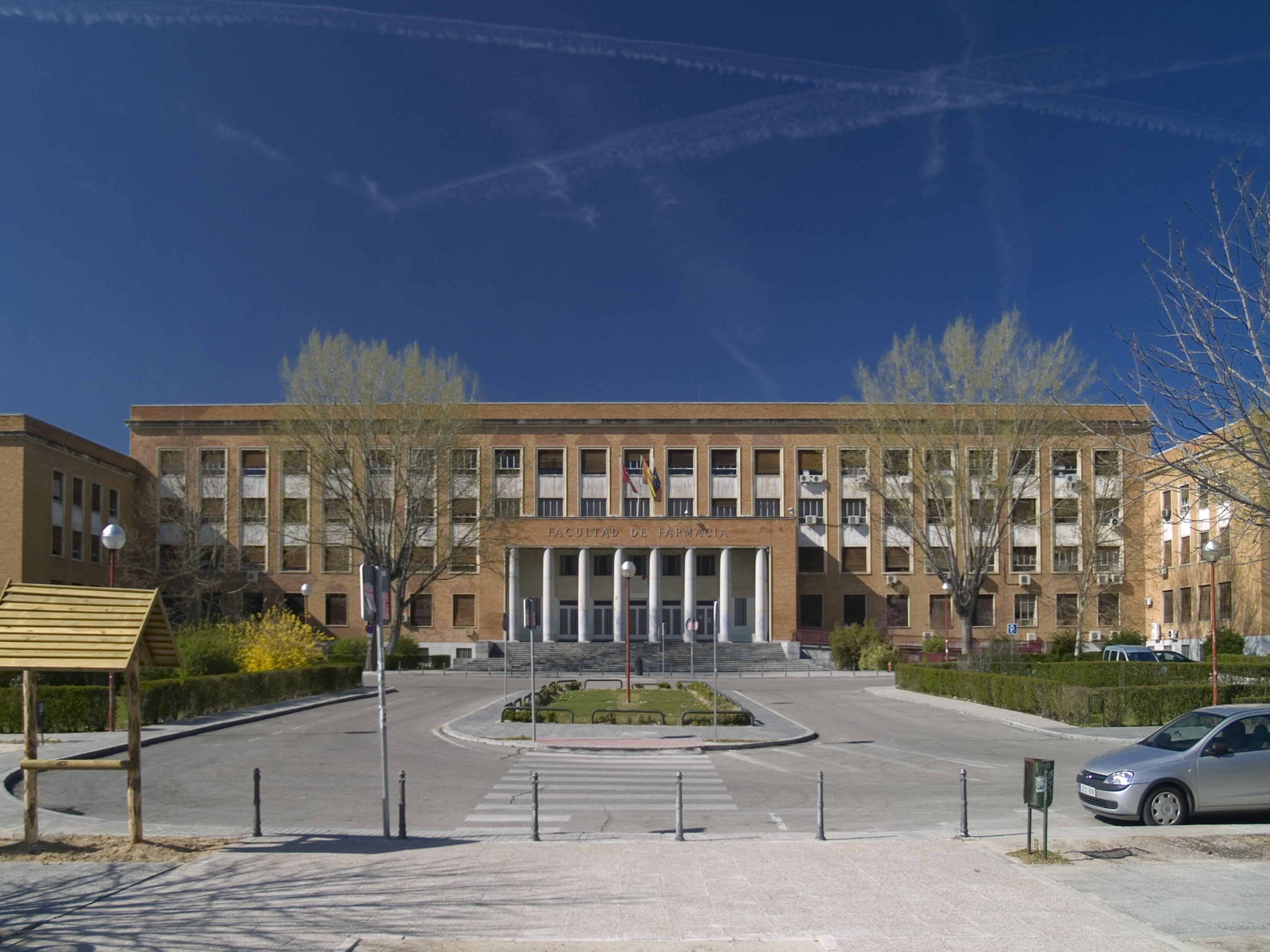 Facultad de farmacia de la universidad complutense for Universidad complutense de madrid arquitectura