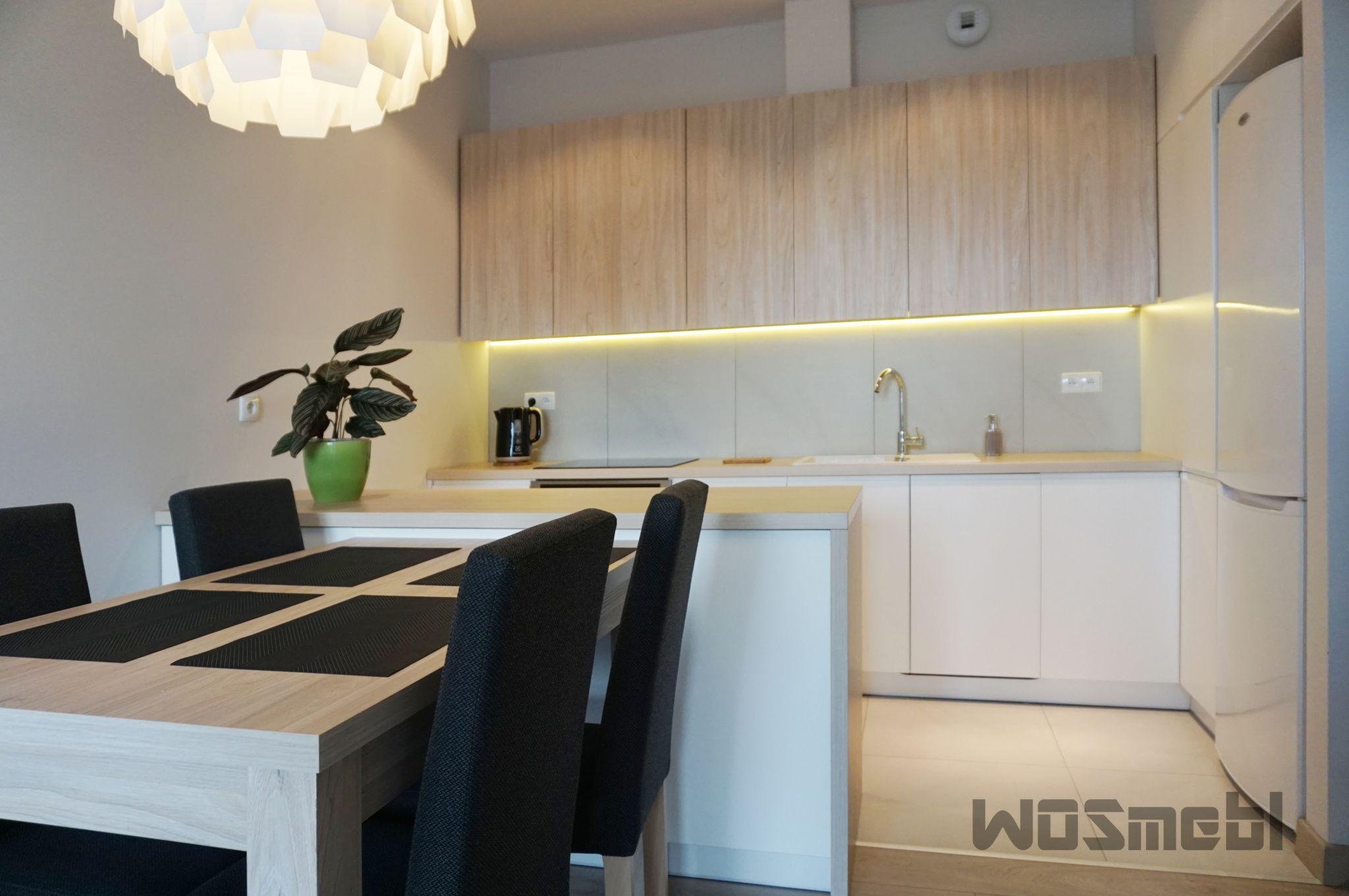 Kuchnia W Neutralnych Barwach Home Decor Kitchen Cabinets Furniture