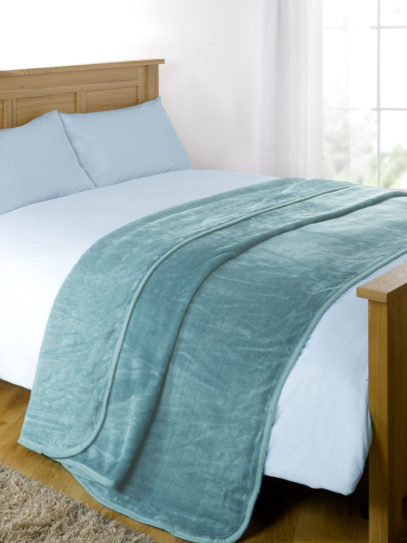 Faux Fur Mink Throw Teal Sofa bed king size, Sofa