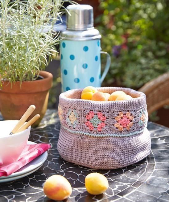 Körbchen mit Granny Squares Rand / crochet basket by Schachenmayr ...