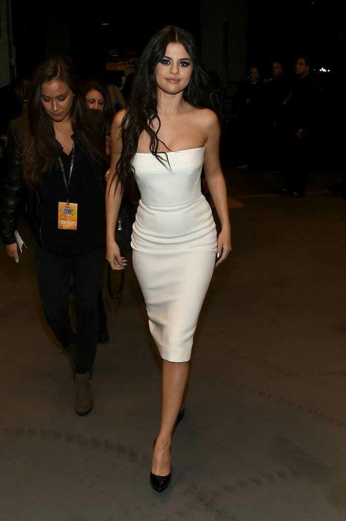 Vestido blanco de selena gomez