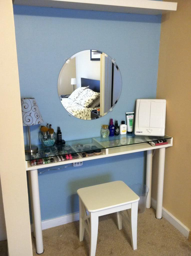 diy ikea makeup vanity diy ideas diy furniture projects diy vanity home decor. Black Bedroom Furniture Sets. Home Design Ideas
