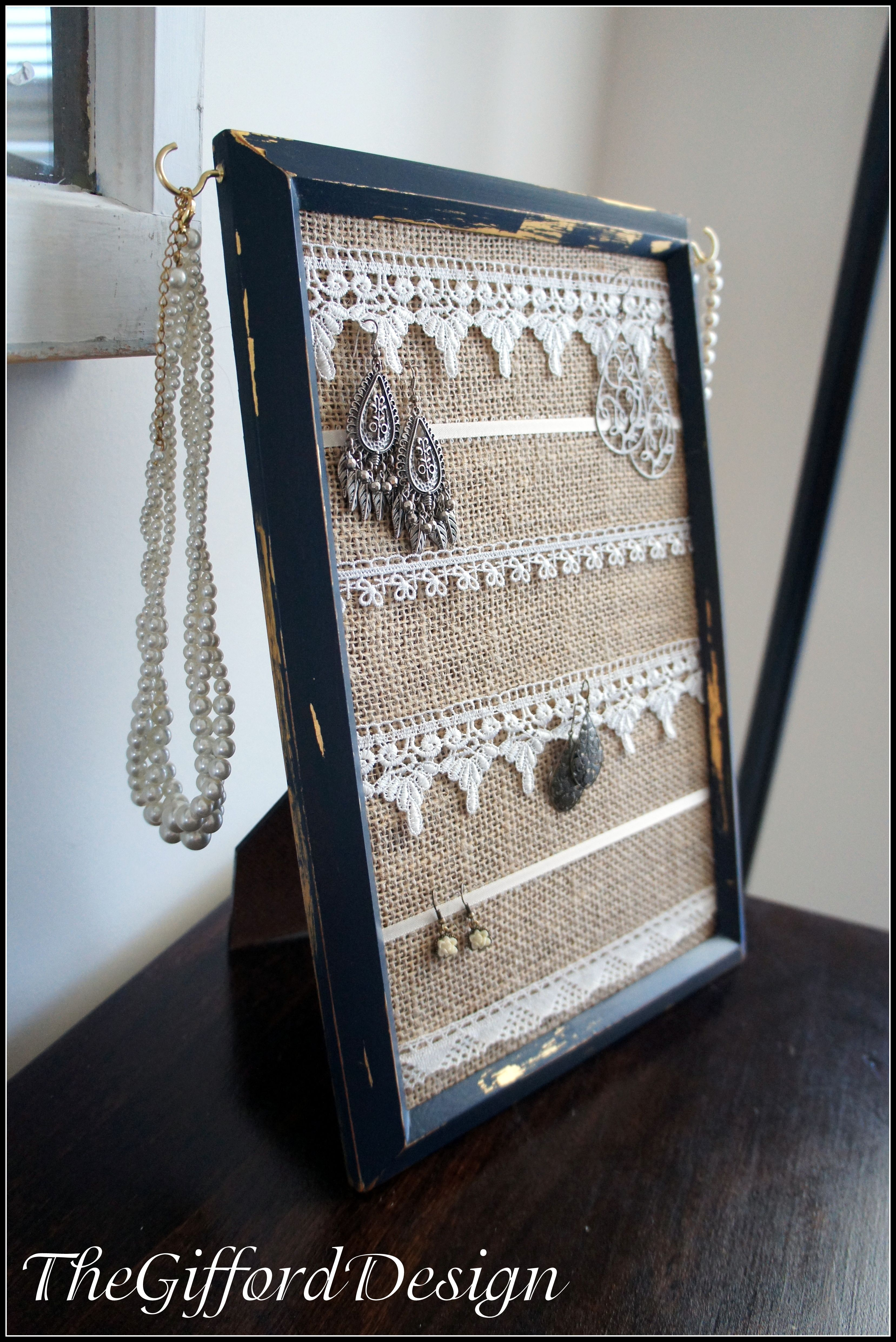Vintage frame lace and hook jewelry organizer diy Pinterest