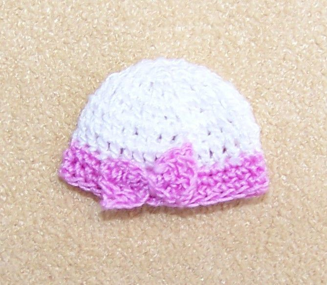 28370813d09 Dollhouse Miniature 1 12 Scale Heidi Ott Toddler Beanie Hat With Bow  Crocheted