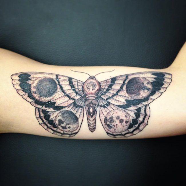 85 Wunderbare Motte Tattoo Ideen Body Art Die Ihre Personlichkeit Passt Dovme