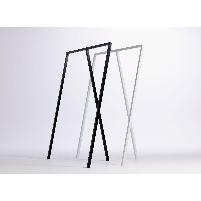 Loop stand wardrobe klädhängare från Hay – Köp online på Rum21.se