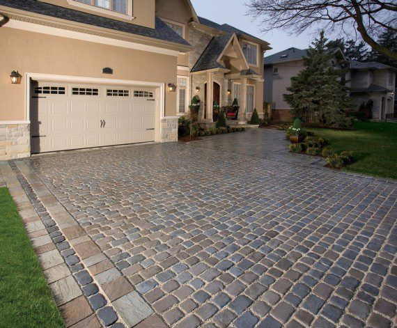 Courtstone driveway and entrance with Richcliff and Courtstone ...
