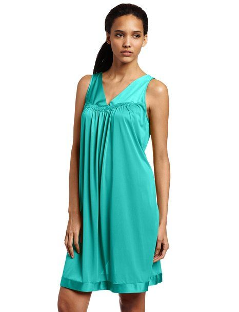 f97667b527 Vanity Fair Women s Coloratura Short Nightgown at Amazon Women s Clothing  store  Nightgowns