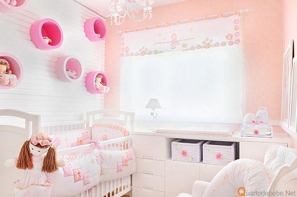 Quarto de bebê salmão e rosa romântico e delicado  Decoração de quarto de be -> Decoracao Banheiro Salmao