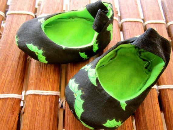 Punk baby, Goth baby, baby girl shoes,Vegan shoes, baby booties, neon green, glow in the dark, bat shoes, handmade, soft sole, crib shoes by Ogresbyjam on Etsy https://www.etsy.com/listing/163415453/punk-baby-goth-baby-baby-girl-shoesvegan