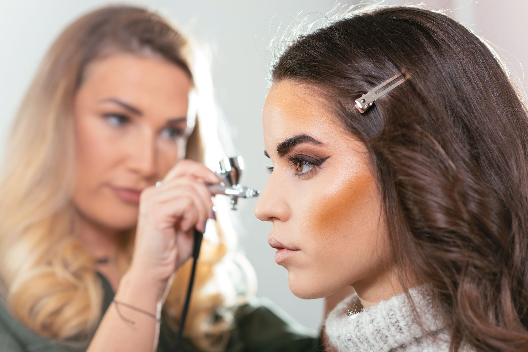 The Best Airbrush Makeup for When You Want Seriously