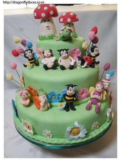 Enchanted Garden Cake (With images) | Garden cakes, Fairy ...