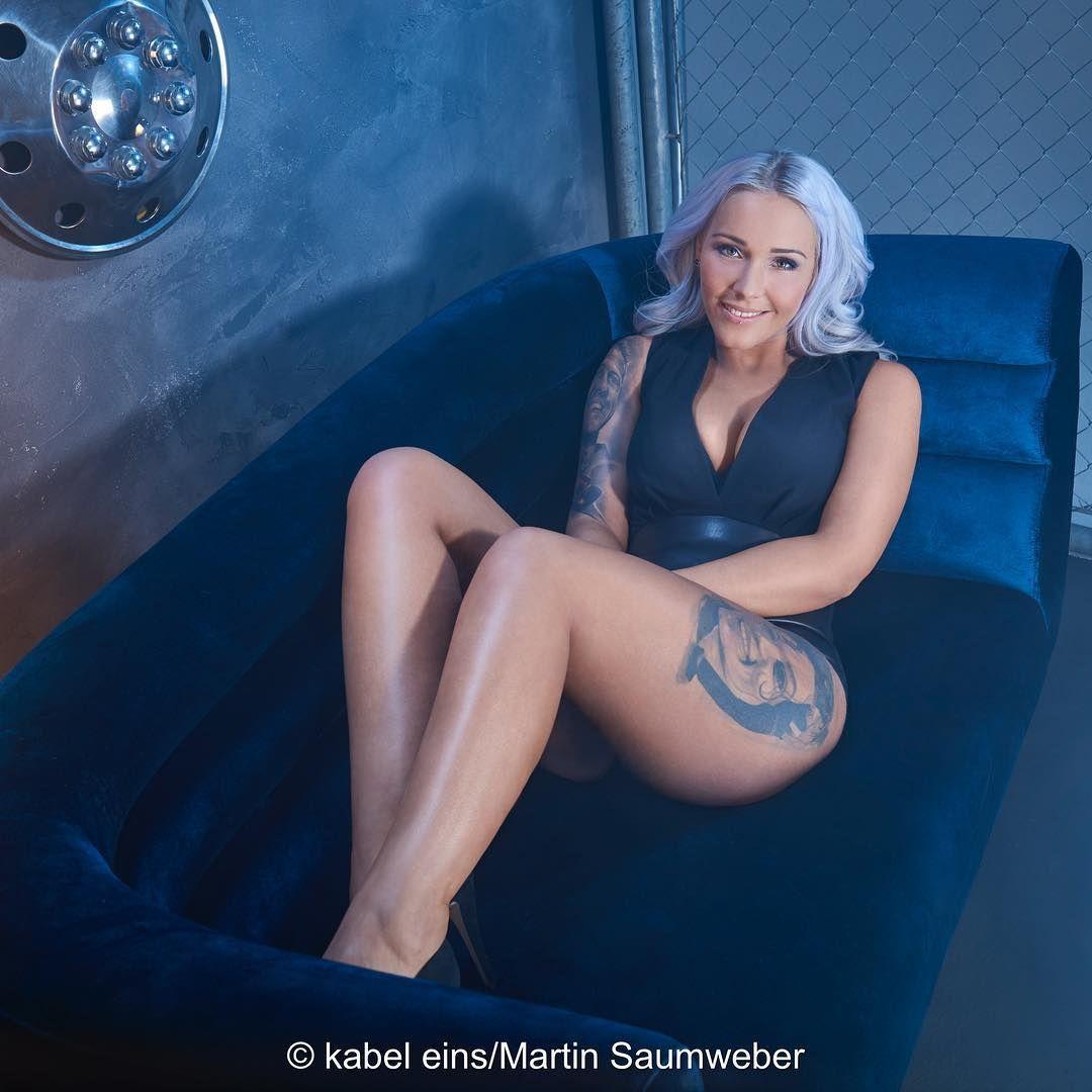 Wer Sitzt Heute Auf Der Blauen Couch