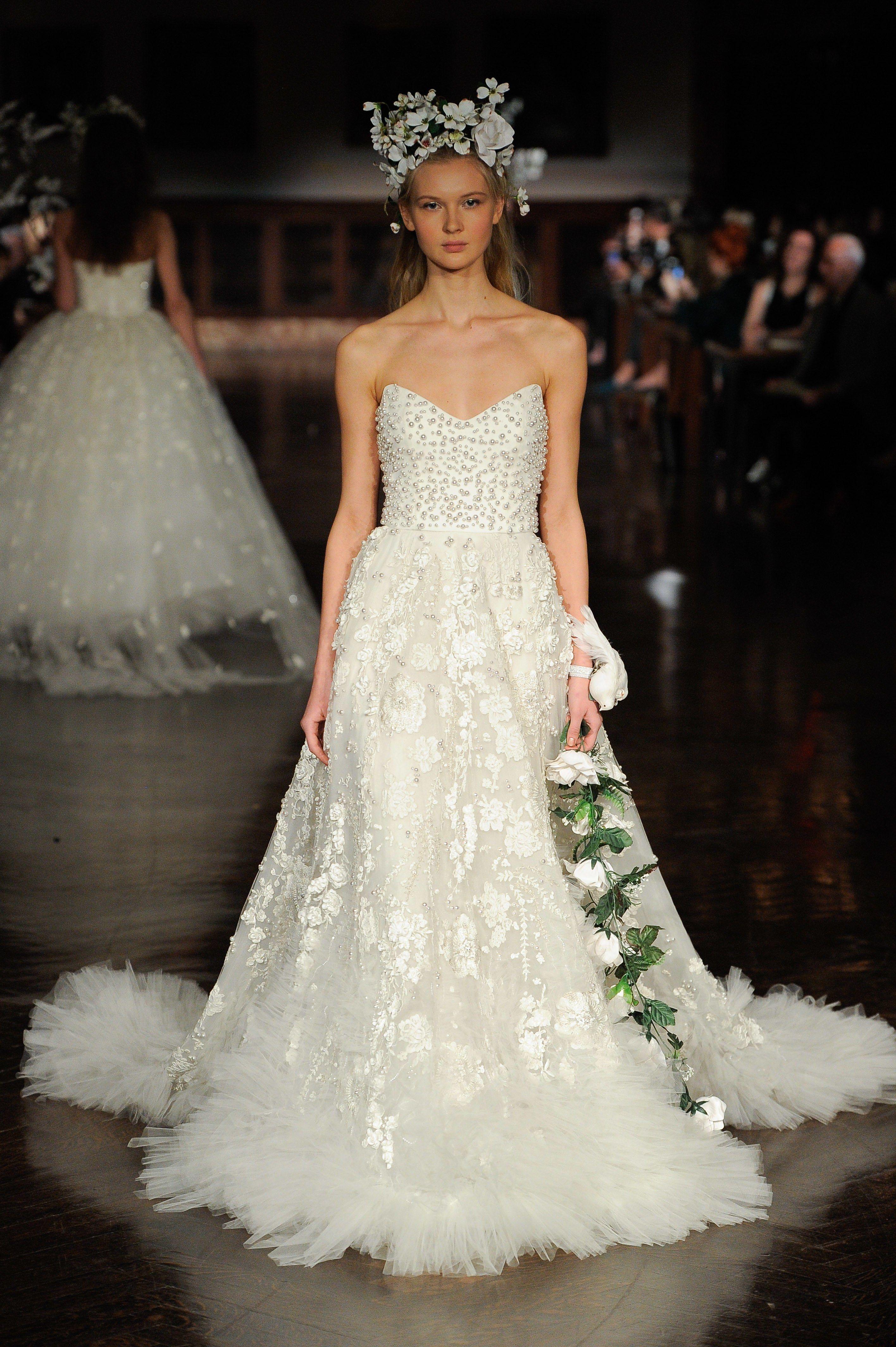 7481f81ab4 Reem Acra Spring 2019 Bridal New York Collection - Vogue