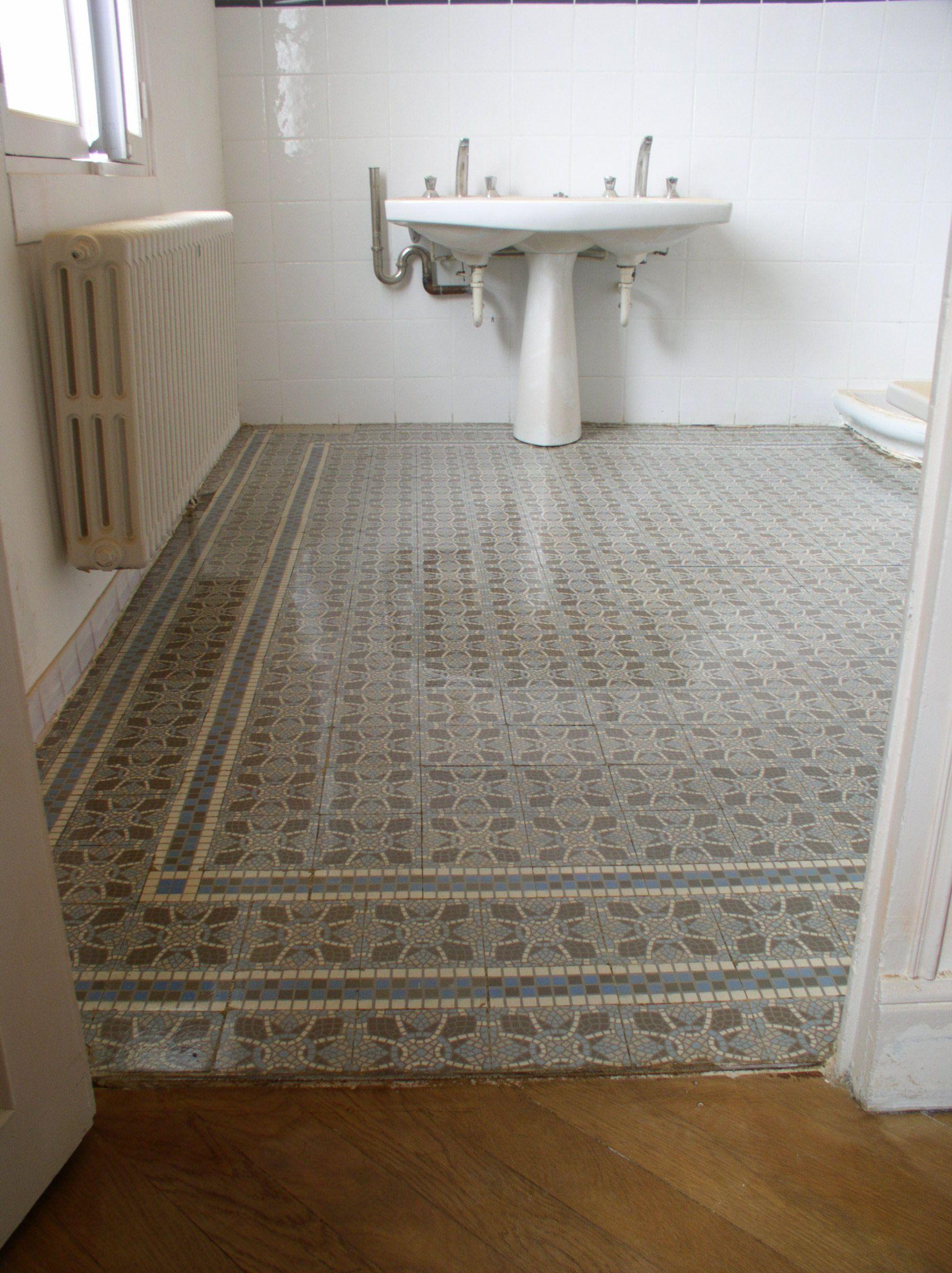 Voir cette épingle et dautres images dans inspiration carreaux de ciment par pdsha salle de bain