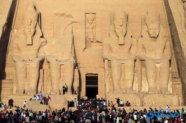 موضوع تعبير عن السياحة Egypt Tourist Natural Landmarks
