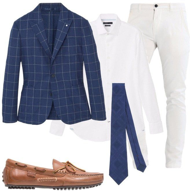 uomo serata sul mare pantaloni bianchi giacca blu