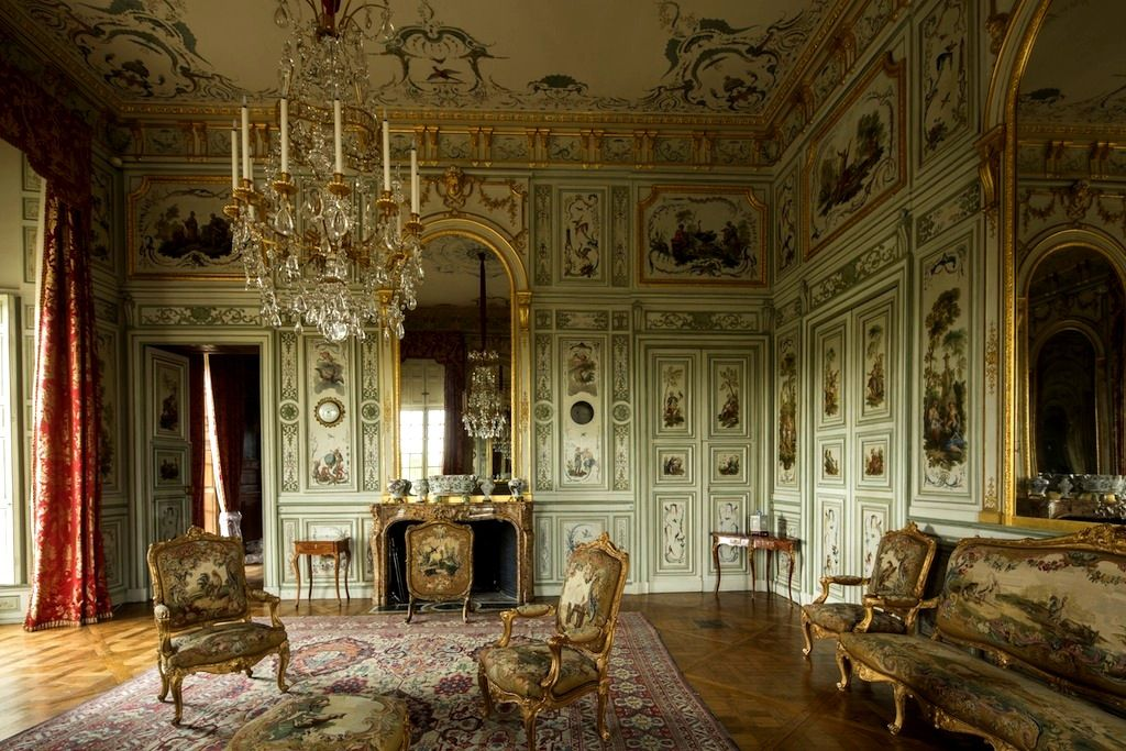 The salon chinois of the chateau de champs sur marne the for Interieur french