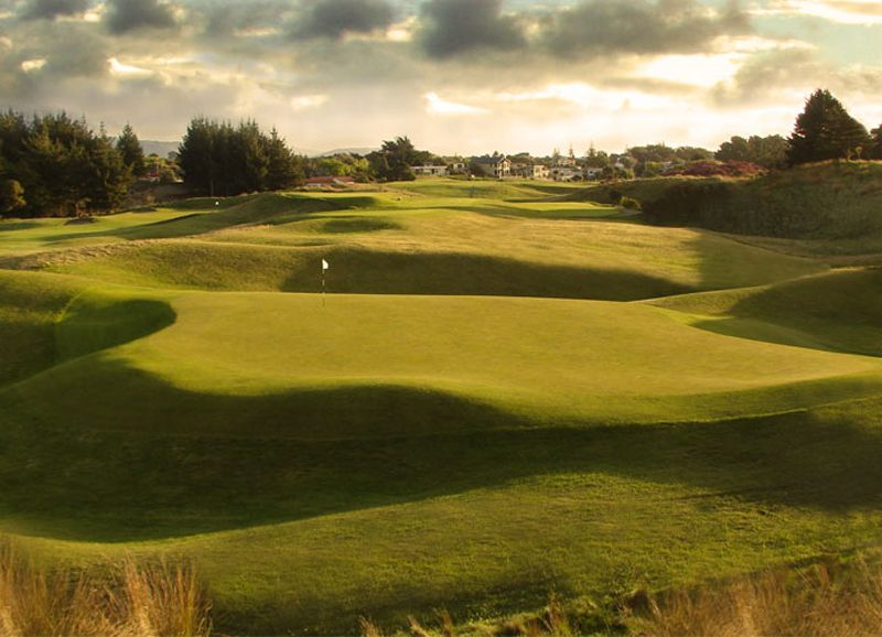 11+ Australian golf course database info