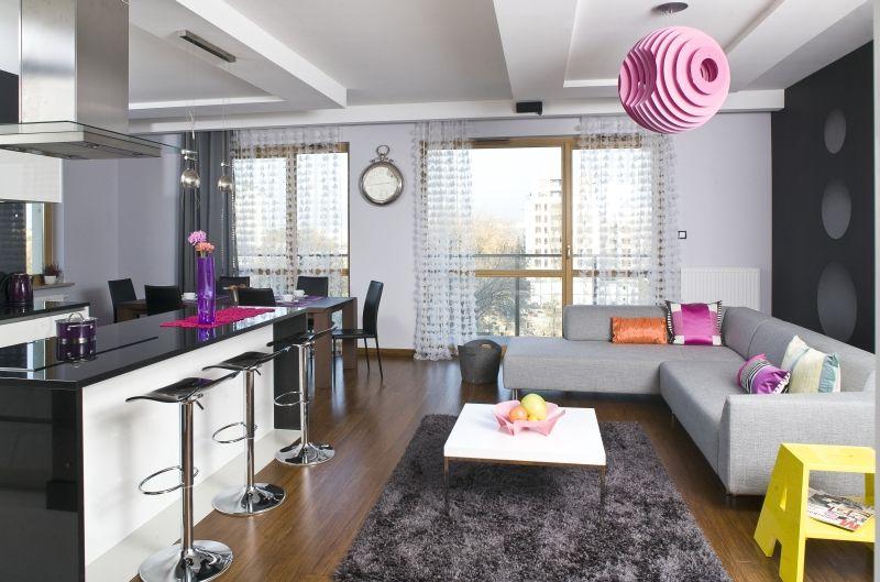 Czarno Biala Kuchnia Nowoczesna Aranzacja Kuchni Z Wyspa Home Decor Home Furniture