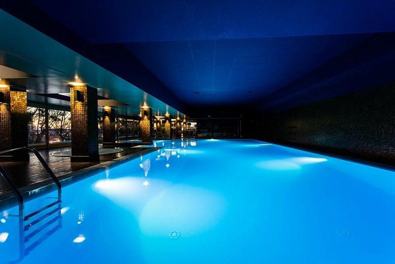 From 119pp From The Uk Flights For A Three Night 4 Portugal Spa Break Including Flights And Breakfast Or From 199pp Fo Spa Breaks Spa Pool Stay The Night