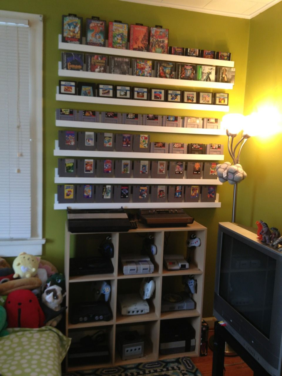 Gamer Builds Room To Display Her Retro Video Game Collection Retro Games Room Video Game Storage Game Room