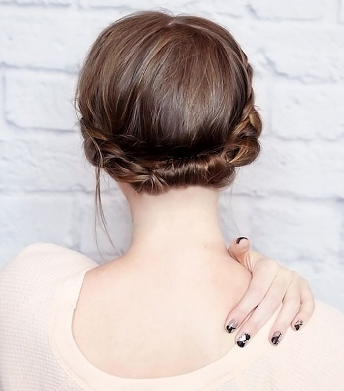 12 Incredibly Chic Updo Ideas For Short Hair Via Byrdiebeauty
