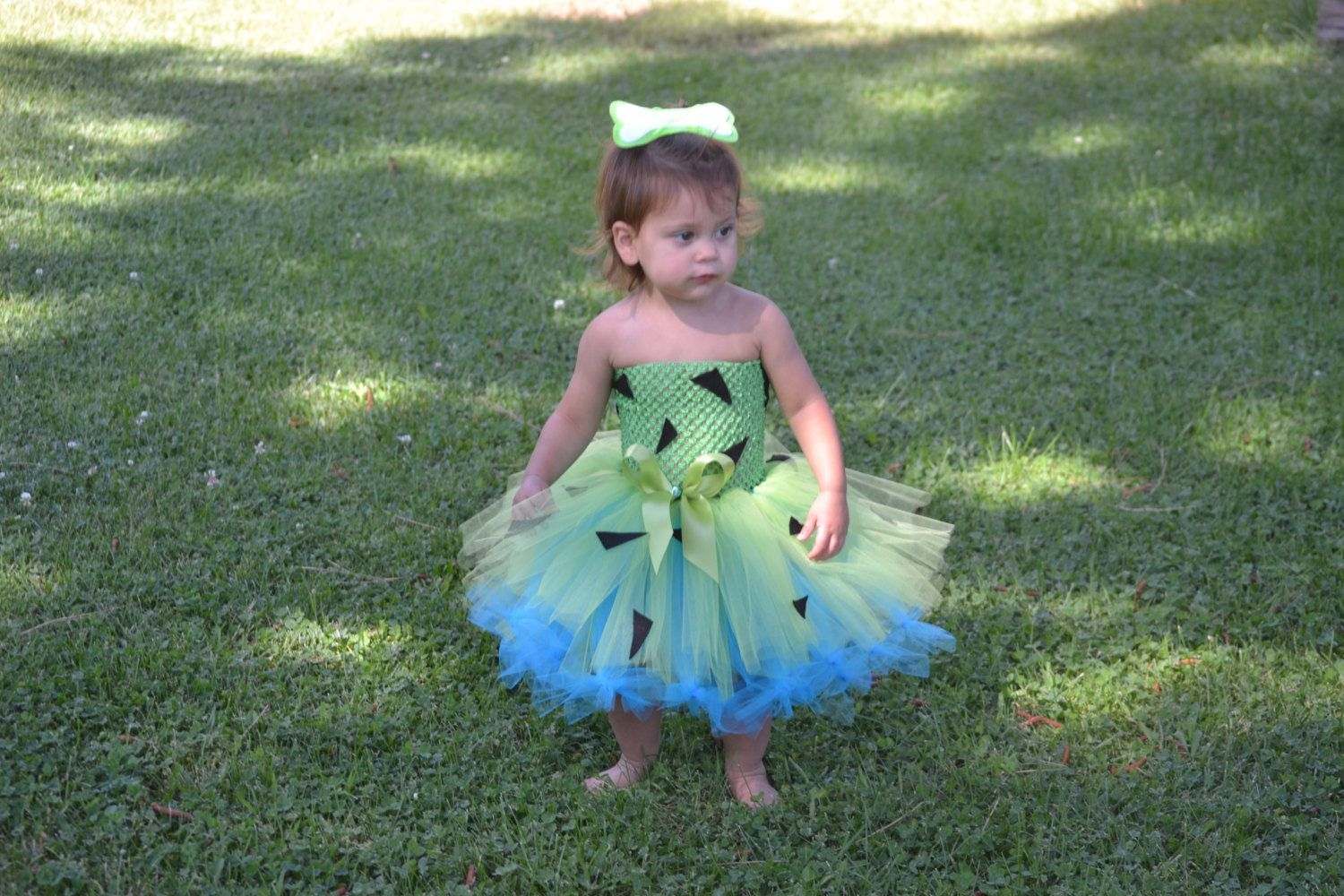 Pebbles Costume for Baby, Toddler Pebbles Costume, Pebbles Flinstone, Pebbles and Bam Bam, Pebbles Tutu, Pebbles Birthday, Flinstones #pebblesandbambamcostumes Pebbles Tutu Dress by AshleysJems on Etsy #pebblesandbambamcostumes