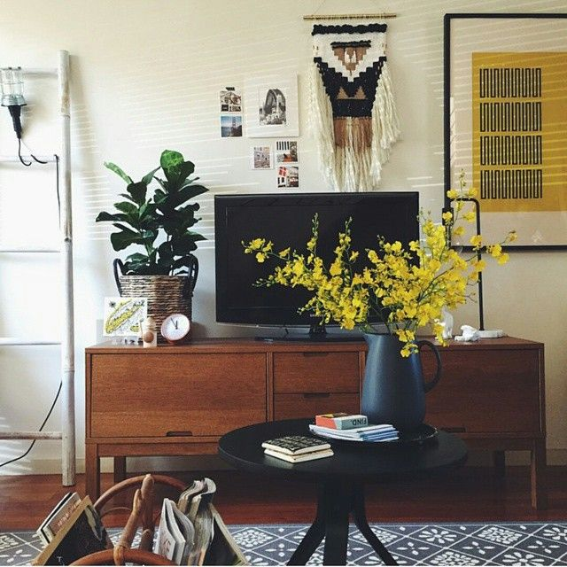 """""""(regram  by @jess_eclecticcreative) Did you see the @apartmenttherapy feature on @jess_eclecticcreative 's gorgeous home? And did you spot our  Black…"""""""