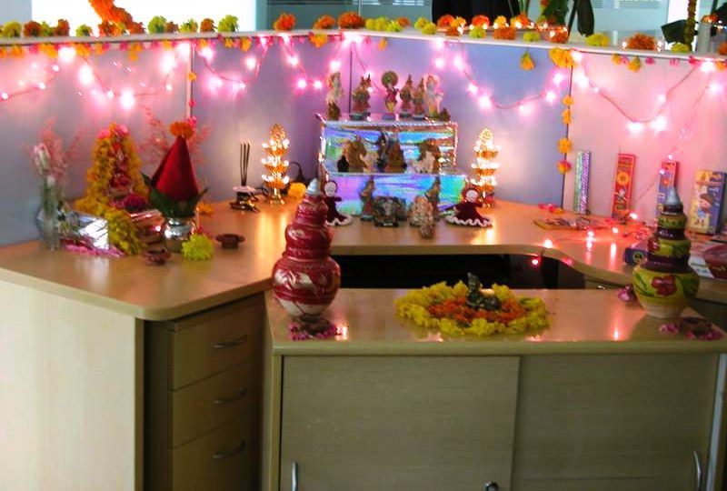 Office Cubicle Decoration Ideas For Diwali from i.pinimg.com