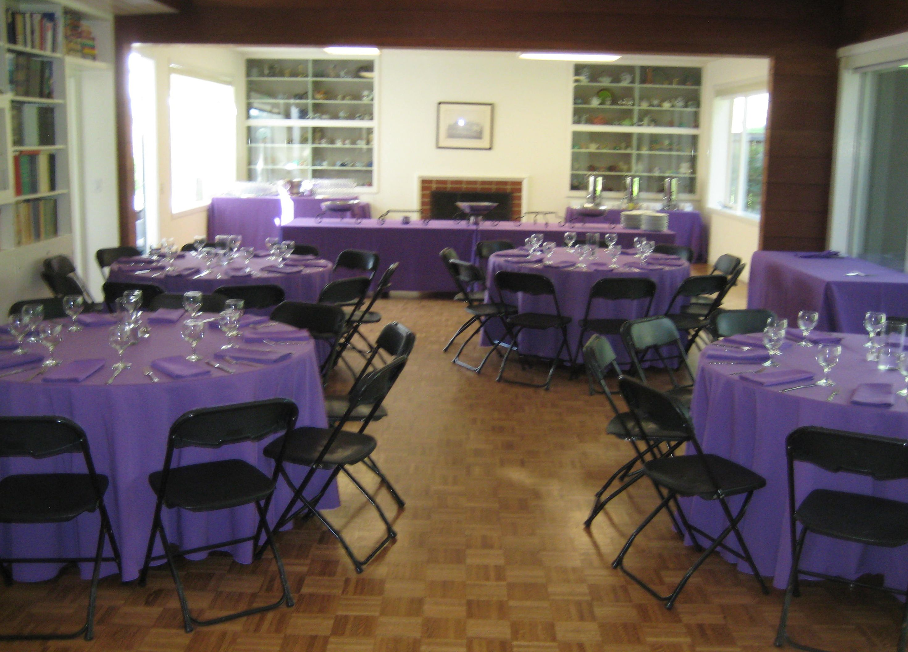 Black folding chairs wedding - Grape Linens Grape Napkins And Black Plastic Folding Chairs At The Reinhardt Alumnae House At