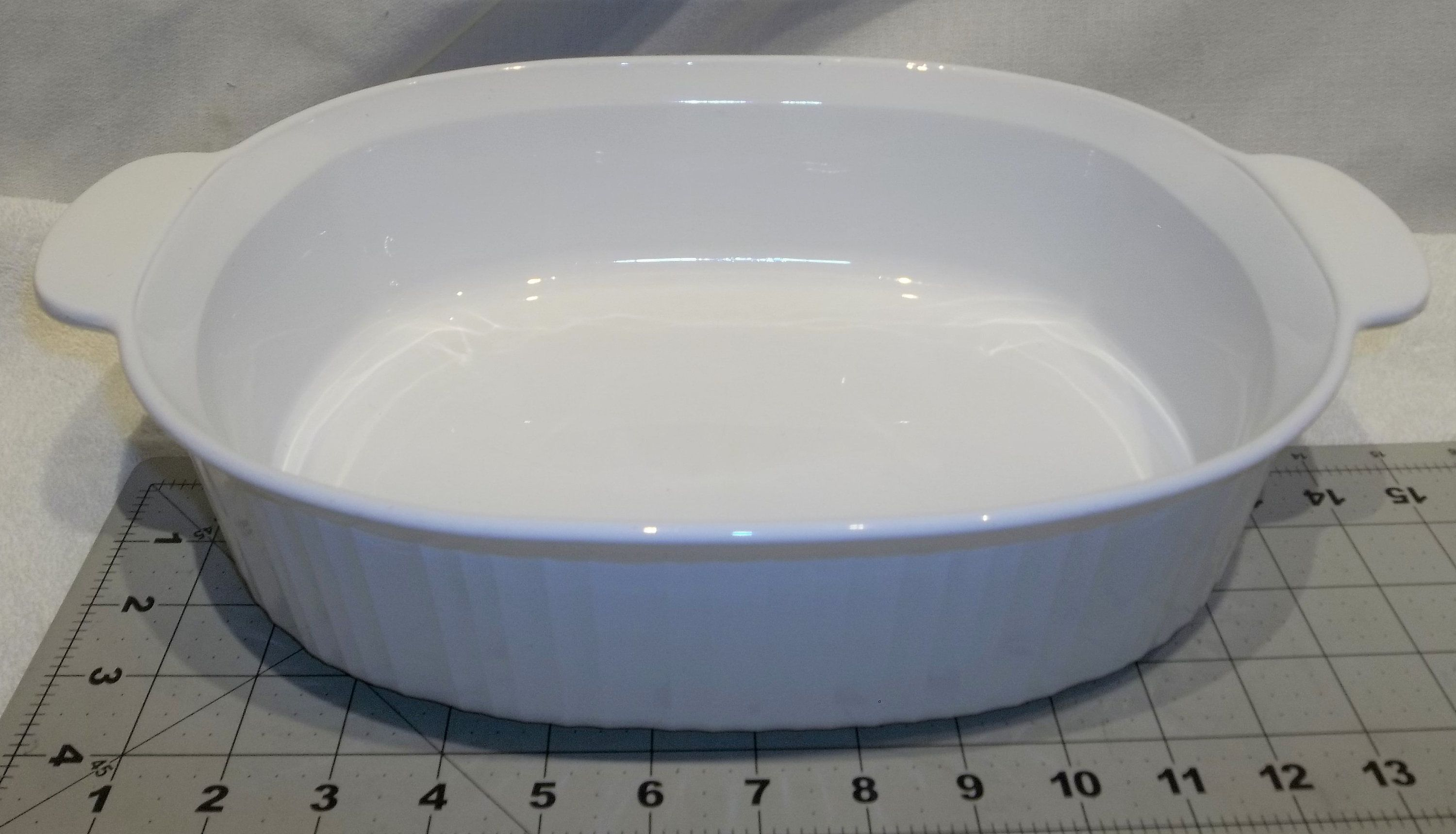 Vintage Corning Ware French White Roaster Pan Baking Dish Large Deep Dish 4 Liter F 14 B Casserole Heavy Duty Bake In 2020 Kitchen Cooker Baked Dishes Glass Cake Plate