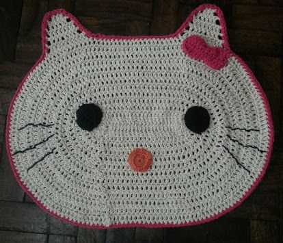 Patrón en castellano de Hello Kitty   Bichinhos de croche, Bonecas ...   355x414