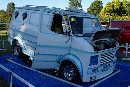 Custom Vans For Sale >> Custom Van Shows 2011 For Sale 1974 Innocents Bedford