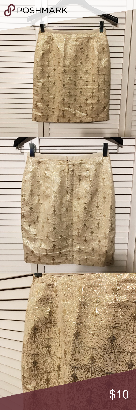 H&M pencil skirt - Gold & Cream Like new, kept in great condition! Gold detailed skirt. H&M size 4 fits like a small H&M Skirts Pencil